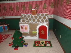 Gingerbread Playhouse at a gingerbread party #gingerbread #party
