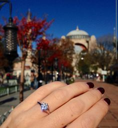 A huge congratulations to Anna & Scott on their engagement in Istanbul, with their bespoke Hyde Park Design Engagement Ring.