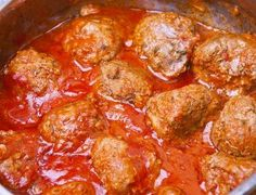 Make a bunch, freeze some, pull out for a quick healthy dish! Meatball Marinara, Italian Spices, Homemade Tomato Sauce, Stuffed Mushrooms, Stuffed Peppers, Pasta, Pork Dishes, Healthy Dishes, Beef Recipes