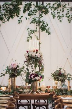 Rustic White Sparrow Barn Wedding – Style Me Pretty White Sparrow Barn, White Barn, Rustic White, Rustic Barn, Wedding Venue Decorations, Wedding Venues, Table Decorations, Wedding Barns, Barn Photography