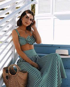 45 Trendy Outfit Ideas for Flat Chested Women - Style Glamour Glamorous Outfits, Classy Outfits, Trendy Outfits, Summer Outfits, Summer Dresses, Beach Outfits, Maxi Dresses, Evening Dresses, Formal Dresses
