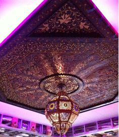 I love how a Moroccan artisan, can turn what would normally be a boring ceiling, into a beautiful and intricate ceiling that is simply a work of art.