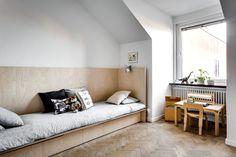 Plywood Headboard Design Ideas For Kids Bedroom Childrens Bedroom Furniture, Kids Bedroom, Lego Bedroom, Wooden Cupboard, Headboard Designs, Headboard Ideas, Diy Bed, Kid Spaces, Bed Design