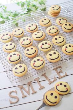 Pin on teeth whitening homemade Japanese Cookies, Icebox Cookies, Pancake Art, Shortbread Biscuits, Cafe Menu, Desert Recipes, Cute Food, Confectionery, Cookie Decorating