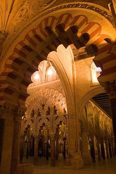 Mosque-Cathedral of Córdoba, Spain. Visigothic Catholic Church from Islam Catholic Church Spanish Architecture, Islamic Architecture, Amazing Architecture, Architecture Details, Wonderful Places, Beautiful Places, Cordoba Andalucia, Madrid, Islamic World