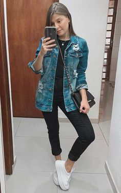 Jeans destroyed: a tendência que eleva o look casual - Guita Moda Mom Outfits, Teen Fashion Outfits, Everyday Outfits, Fall Outfits, Cute Grunge Outfits, Cute Casual Outfits, Casual Looks, Fashion Looks, Clothes