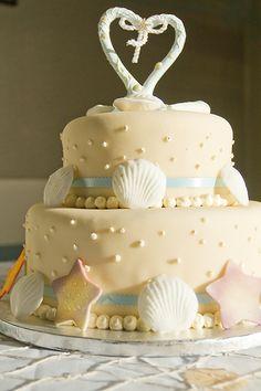 A beach wedding cake by Hoffman's in Santa Cruz