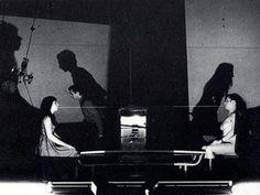 Vedute di Porto Said, 1978. Il Carrozzone. Nella foto, Marion D'Amburgo, Julia Anzilotti, Grazia Roman, Rolando Mugnai.
