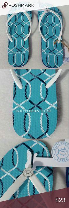 New Southern Tide Flipjacks Boardwalk size 8 Pretty blue and white flip flops Southern Tide   Shoes Sandals