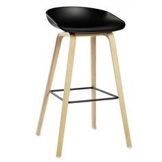 Design danois pour ce tabouret Hay - about a stool Eames Chairs, Bar Chairs, Ikea Chairs, Dining Chairs, Types Of Furniture, Furniture Design, Counter Stools, Bar Stools, Hay Design