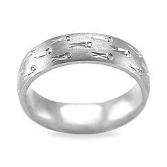 http://weddingbandsformenhq.com/tungsten-wedding-bands-for-men/  Cool Rings That I love