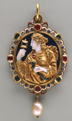 The commesso was a rare form of jewelry in which carved semiprecious stones were combined to form an integral part of the design. One of the most important figures in the invention of the commesso was Matteo da Nassaro of Verona Renaissance Jewelry, Ancient Jewelry, Antique Jewelry, Vintage Jewelry, Cameo Jewelry, Fine Jewelry, Jewelry Design, Royal Jewels, Objet D'art