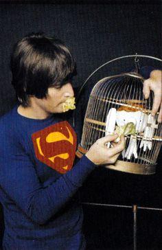 John Lennon en Superman - http://www.2tout2rien.fr/john-lennon-en-superman/
