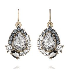 SO gorgeous for New Year's Eve! Midnight Palace Drop Earrings   Chloe + Isabel www.chloeandisabel.com/boutique/caraewing