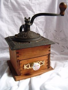 Vintage Antique Cast Iron wood coffee grinder by DeusFilia on Etsy, $59.99