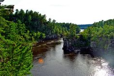 11 Hike the short loops at Interstate State Park in Eastern Minnesota to see the scenic St Croix River Dalles. Minnesota Hiking, Oh The Places You'll Go, Places To Visit, Hiking Spots, Hiking Trails, To Infinity And Beyond, My Escape, Out Of This World, Vacation Spots