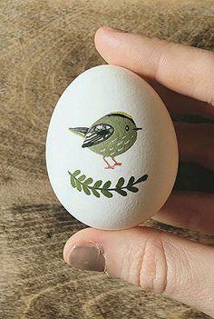 6 Illustrators Who Put an Egg-scellent Twist on Traditional Egg Art Illustrated egg art Easter Egg Crafts, Easter Eggs, Rock Crafts, Diy And Crafts, Art D'oeuf, Easter Egg Designs, Easter 2020, Diy Ostern, Egg Art