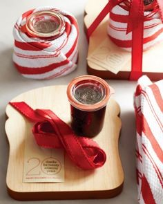 Raspberry Jam Gifts  Wrap a jar of homemade jam in a festive towel and tie it to a small cutting board with a length of ribbon. Include a loaf of fresh bread too, and your lucky recipients will have a delectable breakfast waiting for th