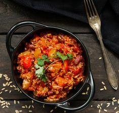 Paella, Chili, Ethnic Recipes, Food, Chile, Chilis, Eten, Meals, Diet