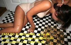 TRATAMENTO E RECUPERAÇÃO DE ALCOÓLATRAS Mulheres bêbadas – triste e deprimente Casa do alcoólatra (31) 3454.74.69 http://casadoalcoolatra-com-br.webnode.com