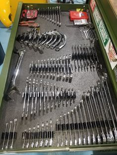 Garage Storage Shelves, Garage Tool Organization, Garage Tools, Tool Storage, Tool Drawer Organizer, Drawer Organisers, Wrench Holder, Tool Drawers, Shop Cabinets