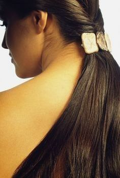 Beautiful Hair Extensions for all Region People. Fit to your Head, Better for Beauty Appearance. http://www.naturalhumanhair.co.in