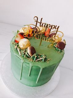 Green Birthday Cakes, Happy Birthday Wishes Cake, Pretty Birthday Cakes, Pretty Cakes, Mom Cake, Cake & Co, Creative Cake Decorating, Creative Cakes, Cupcake Frosting Recipes