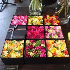 "376 Likes, 5 Comments - @reichiakisst on Instagram: ""Box arrangement #フラワー #flower #フラワーアレンジメント #flowerarrangement #ボックスアレンジメント #boxarrangement #バラ…"""