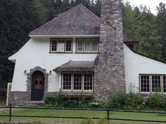 Old house #NationalPark #CanadianRockies #YohoNationalPark #rxploreBC…