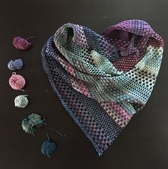 Ravelry: Project Gallery for Nightshift pattern by Andrea Mowry inspiration ravelry shawl patterns Nightshift Knitted Shawls, Crochet Scarves, Crochet Shawl, Knit Crochet, Shawl Patterns, Knitting Patterns Free, Free Knitting, Ravelry, How To Purl Knit