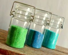 DIY Colored Sanding Sugar ·