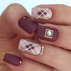 Matte Argyle Nail Design The best argyle nails tutorial is waiting for your attention. Plaid nailart is easier to recreate than you think. Pick a design to match your watches. Best Picture For nails inspir Plaid Nail Art, Plaid Nails, Winter Nail Designs, Nail Art Designs, Nails Design, Plaid Nail Designs, Winter Nails, Spring Nails, Fun Nails