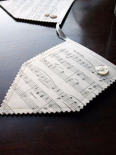 Manuscript bunting