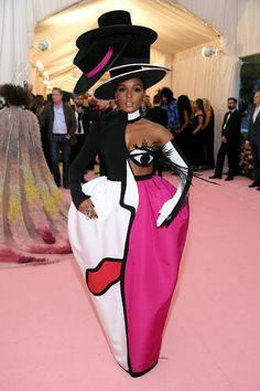 Janelle Monáe Wore Christian Siriano to the Met Gala 2019 Red Carpet - Teen Vogue Kendall Jenner, Kris Jenner, Kylie, Liam Hemsworth, Anna Wintour, Christian Siriano, Cara Delevingne, Beyonce, Rihanna