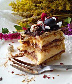 Domaćica za vas: Torta sa lešnikom i kokosom Baking Recipes, Cookie Recipes, Dessert Recipes, Hazelnut Recipes, Torte Recepti, English Food, English Recipes, Bosnian Recipes, Torte Cake