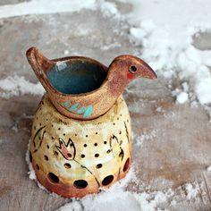 aromalampa- křepelka na hnízdě Ceramic Pots, Ceramic Clay, Ceramic Pottery, Essential Oil Burner, Essential Oil Diffuser, Oil Burners, Ceramics Ideas, Clay Creations, Wax Melts