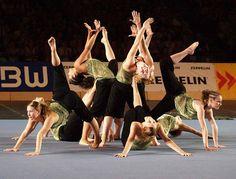 ending pose wonder woman t shirt kids - Blouses and Tops Acro Dance, Partner Dance, Dance Poses, Dance Class, Gymnastics Stunts, Gymnastics Flexibility, Acrobatic Gymnastics, Group Yoga Poses, Partner Acrobatics