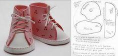 Resultado de imagem para sapatos para bonecas de pano