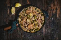 One pot creamy chicken with olives and artichokes - Le Coup de Grâce Chicken With Olives, Fresh Thyme, One Pot, Creamy Chicken, Genre, Artichoke, Paella, Food Inspiration