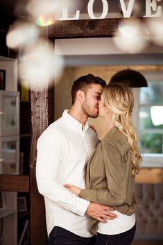 Wie ist das eigentlich, wenn man noch nie ein Paarshooting gemacht hat und dann das erste Mal auf seiner Hochzeit hat?  Das habe ich mir auch Überlegt -> mehr gibt es hier zu lesen https://www.nanamila.com/blog