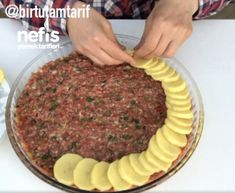 Tablett Kebab Rezept, How To - Leckere Rezepte - Yemek tarifleri - Turkish Kitchen, Kebab Recipes, Cooking Recipes, Healthy Recipes, Delicious Recipes, Amish Recipes, Dutch Recipes, Snacks Für Party, Middle Eastern Recipes