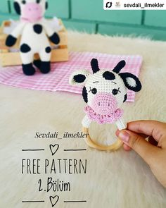 Crochet For Kids, Crochet Baby, Free Crochet, Crochet Toys Patterns, Stuffed Toys Patterns, Knitted Dolls, Crochet Dolls, Cupcake Dolls, Baby Rattle