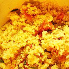 Couscous com cebolas caramelizadas