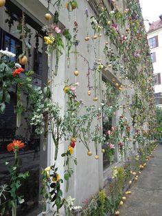 Flowerprint by Piuarch - Milano Design Week https://lefotodiluisella.blogspot.it/2017/04/immagini-milano-design-week.html