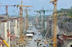 Expansion of the Panama Canal. Construction of one of the two sets of chambers. Panama Canal, The Expanse, Sailing Ships, Times Square, Opera, Boat, Construction, Travel, Image