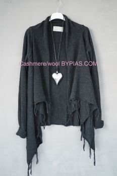 Cashmere MY HEART Cardigan, ALMOST BLACK
