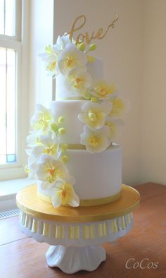 Moth orchid wedding cake by Lynette Brandl