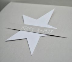 Cut a double slit to hold die-cut shape. Stamped Christmas Cards, Christmas Wrapping, Noel Christmas, Christmas Crafts, Star Cards, Navidad Diy, Creative Gift Wrapping, Diy Weihnachten, Xmas Ornaments