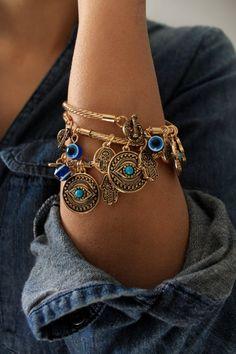 Gold evil eye Bangle/ Gold Hamsa Bracelet/Gold by SusVintage