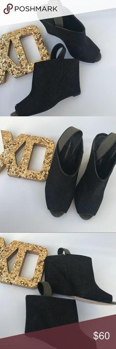 1dc737e345c Rebecca Minkoff Black Open Toe Mules Textured black leather Rebecca Minkoff  peep-toe wedges with